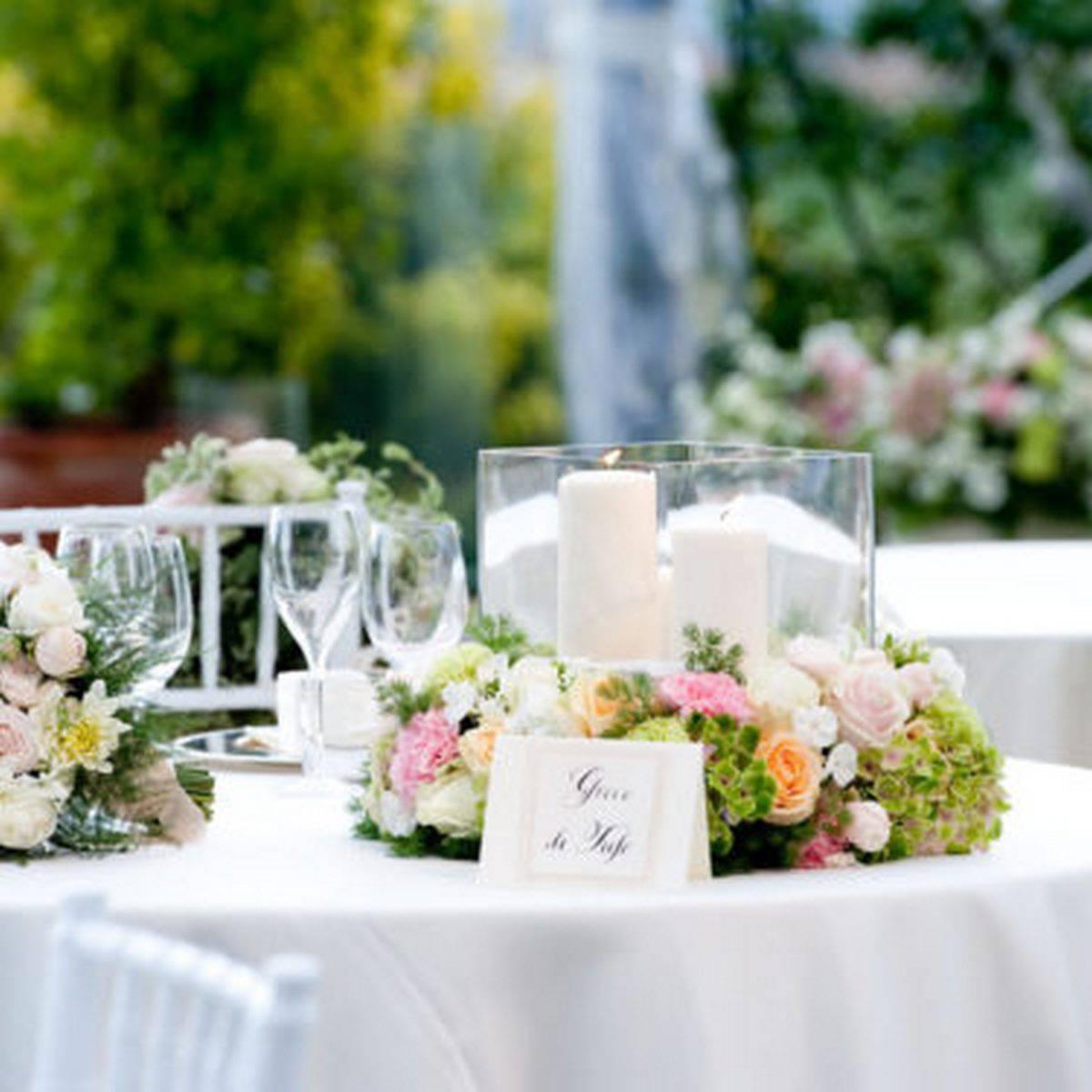 centro tavola fiori romantici