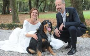 matrimonio sposi con il cane