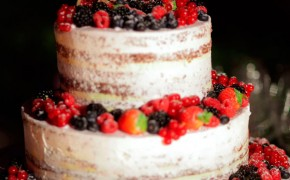 naked cake con frutta